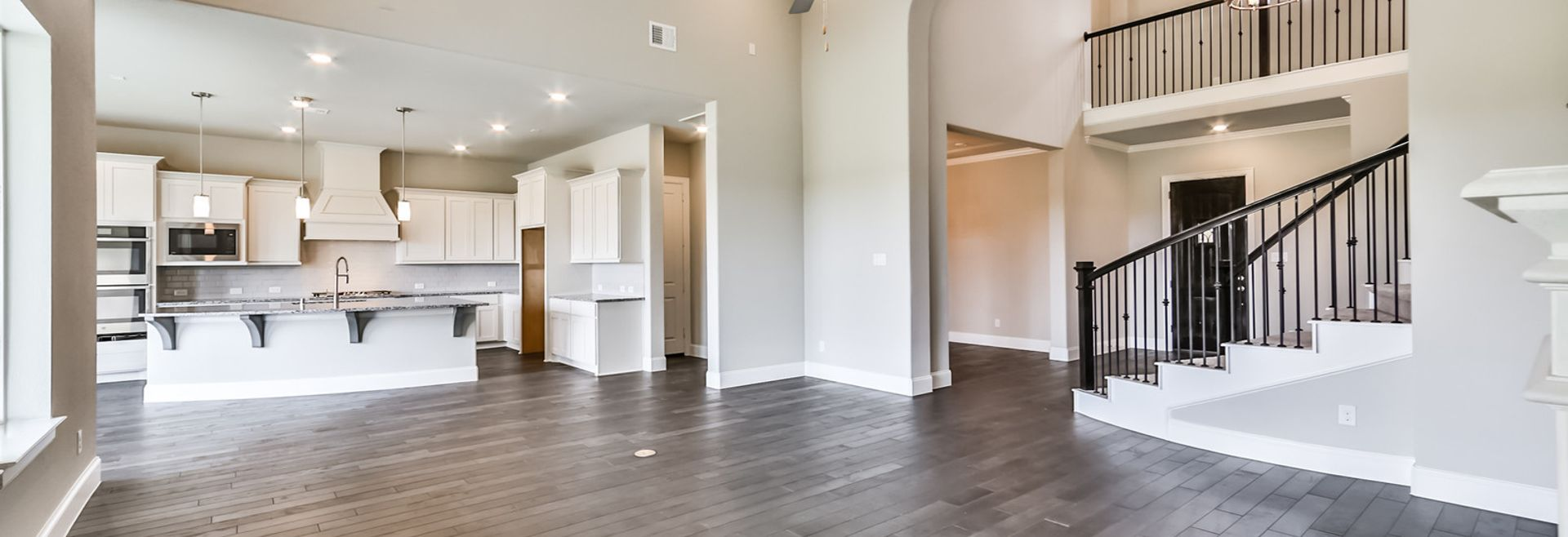 Plan 6050 Kitchen/Living Area