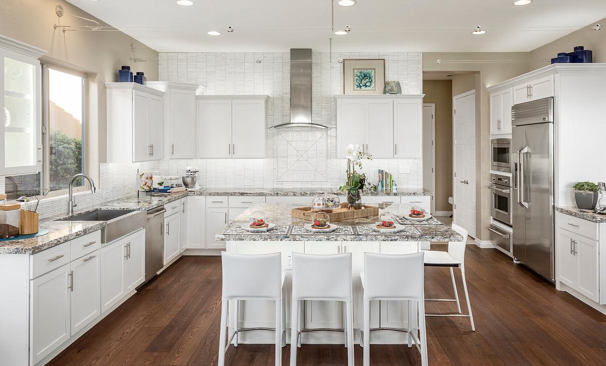 Alora Model Kitchen