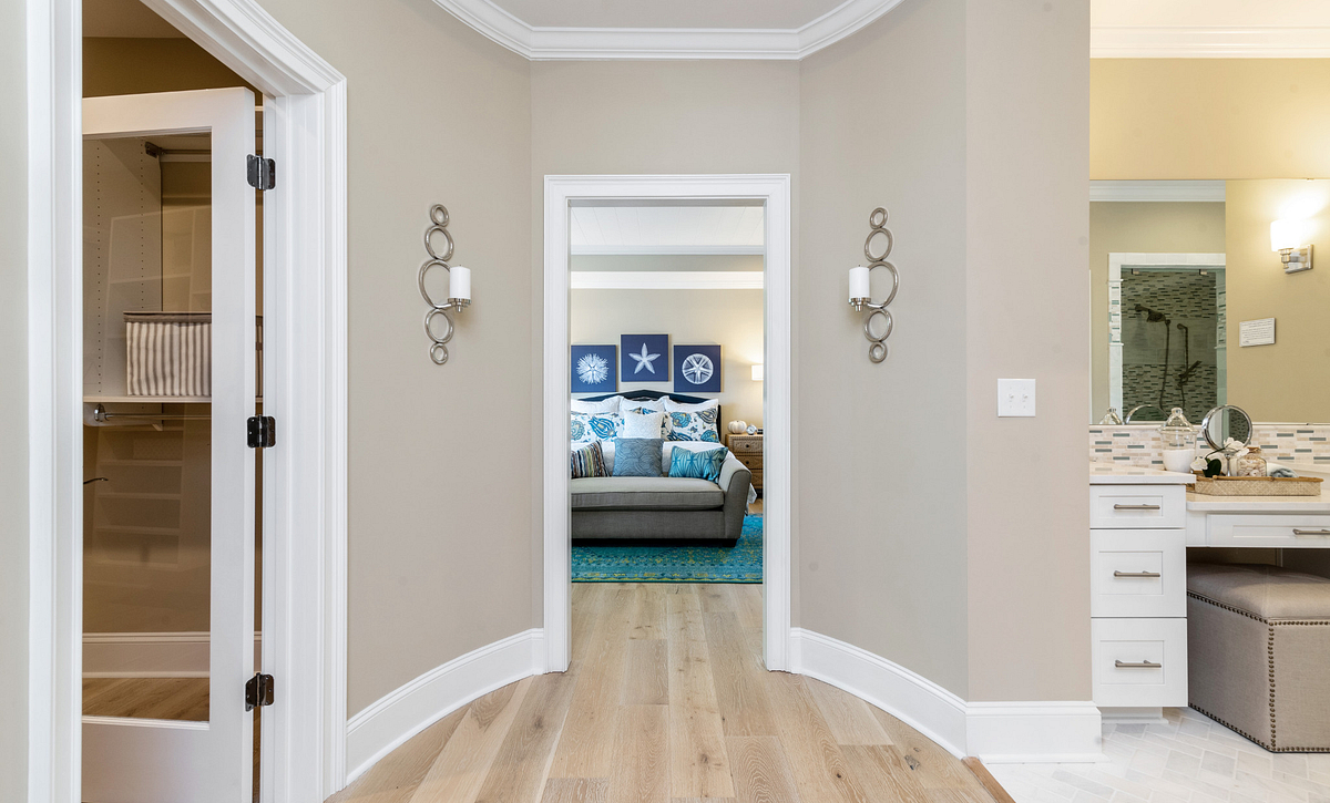 Providence plan Owner's Suite Entry