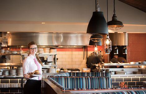 Waitress in Region's 117