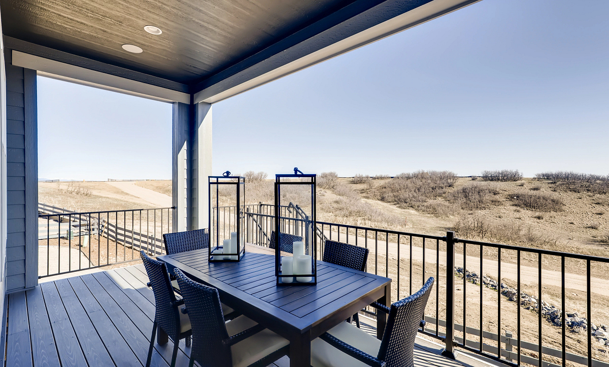 Canyons Reserve Traditions Covered Deck