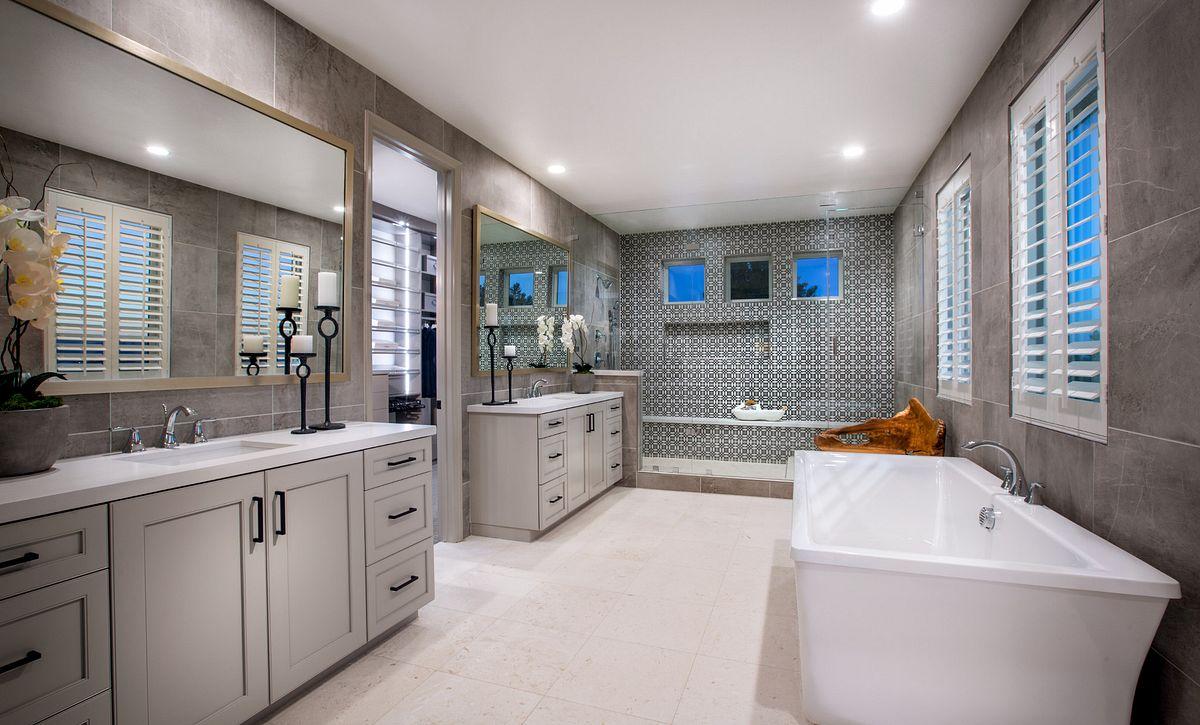 Teresina Plan 4X Master Bath
