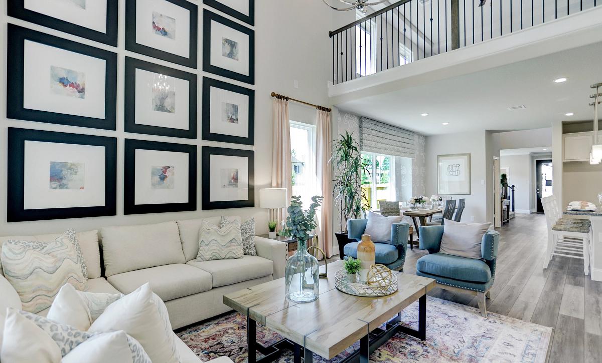 Sunterra 40 Plan 3059 Living Room