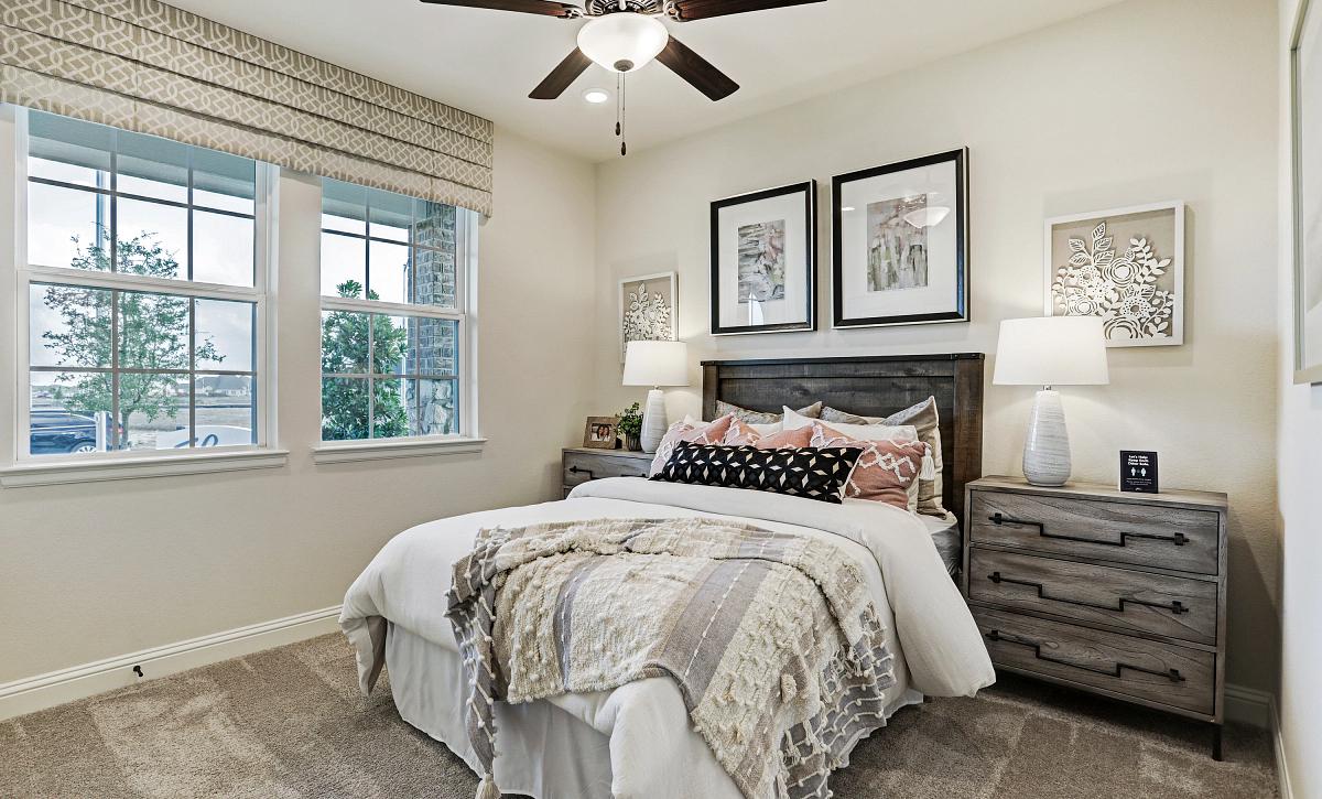 Meridiana 50 Plan 4069 Bedroom 2