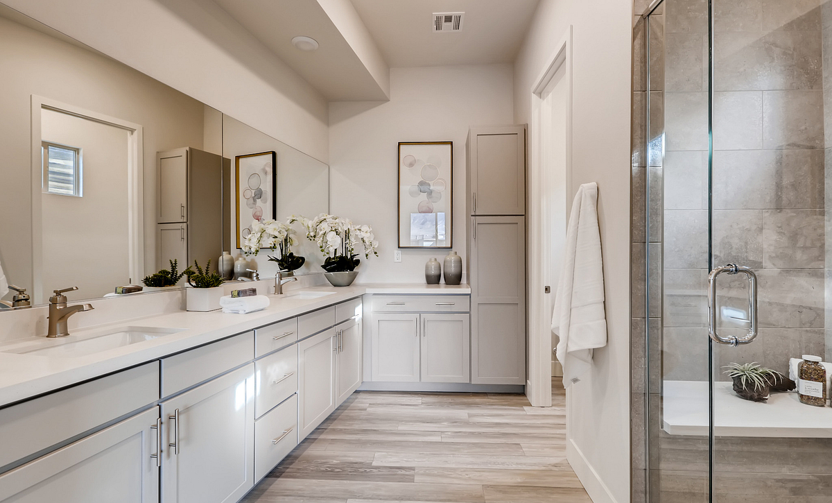 Trilogy Summerlin Summit Master Bathroom