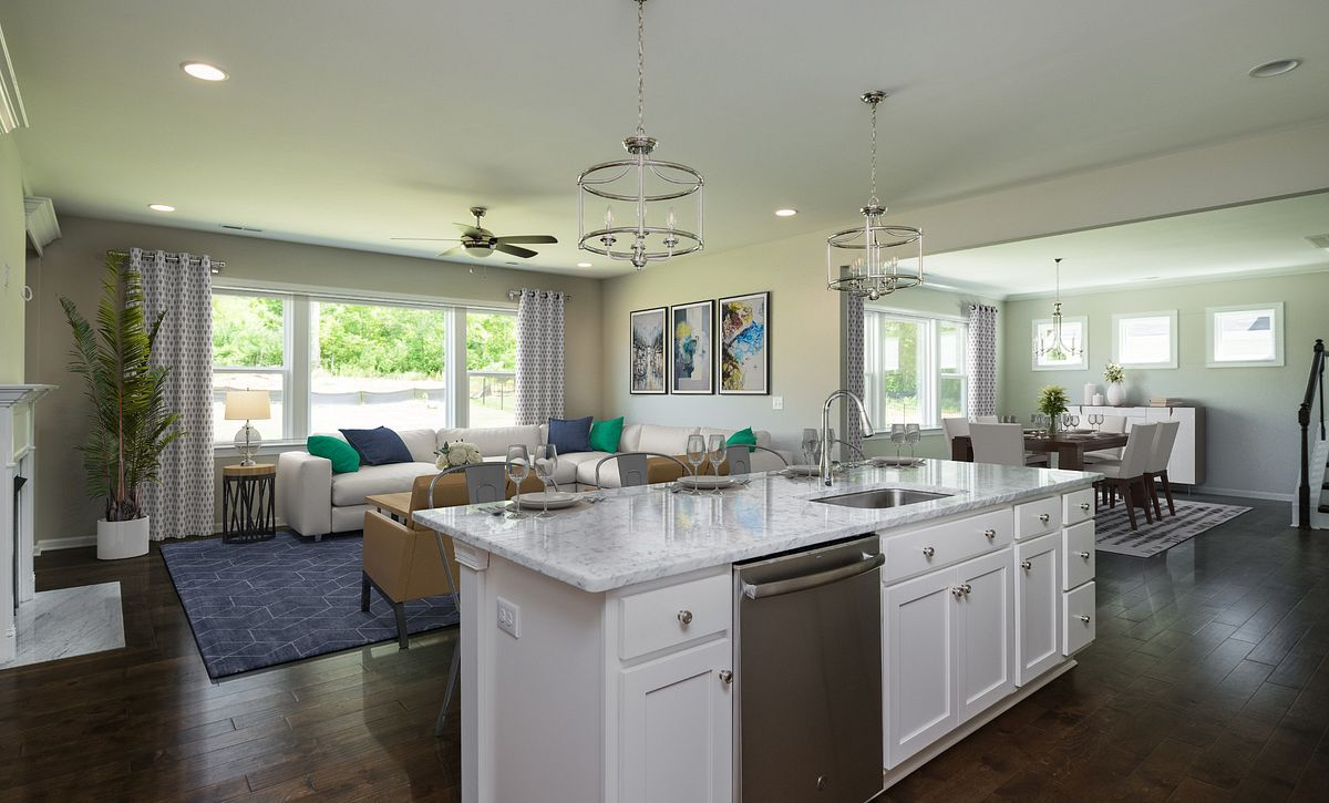 Kingston Kitchen, Breakfast & Family Room (staged)