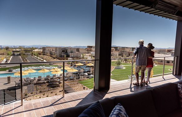 Trilogy Summerlin Homeowners Enjoying Time Together