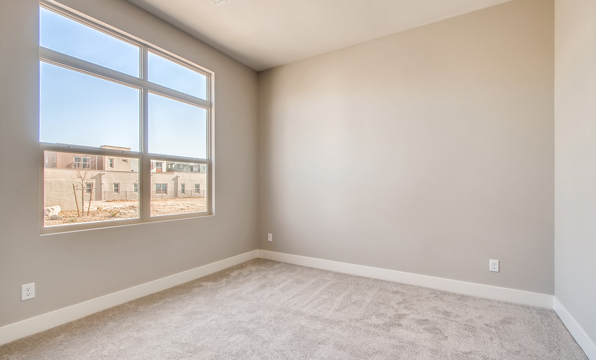 Trilogy Summerlin Luster Guest Bedroom