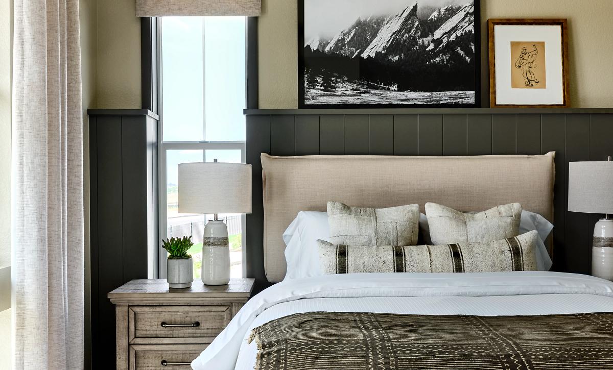 Solstice Horizon Amber Light Guest Bedroom