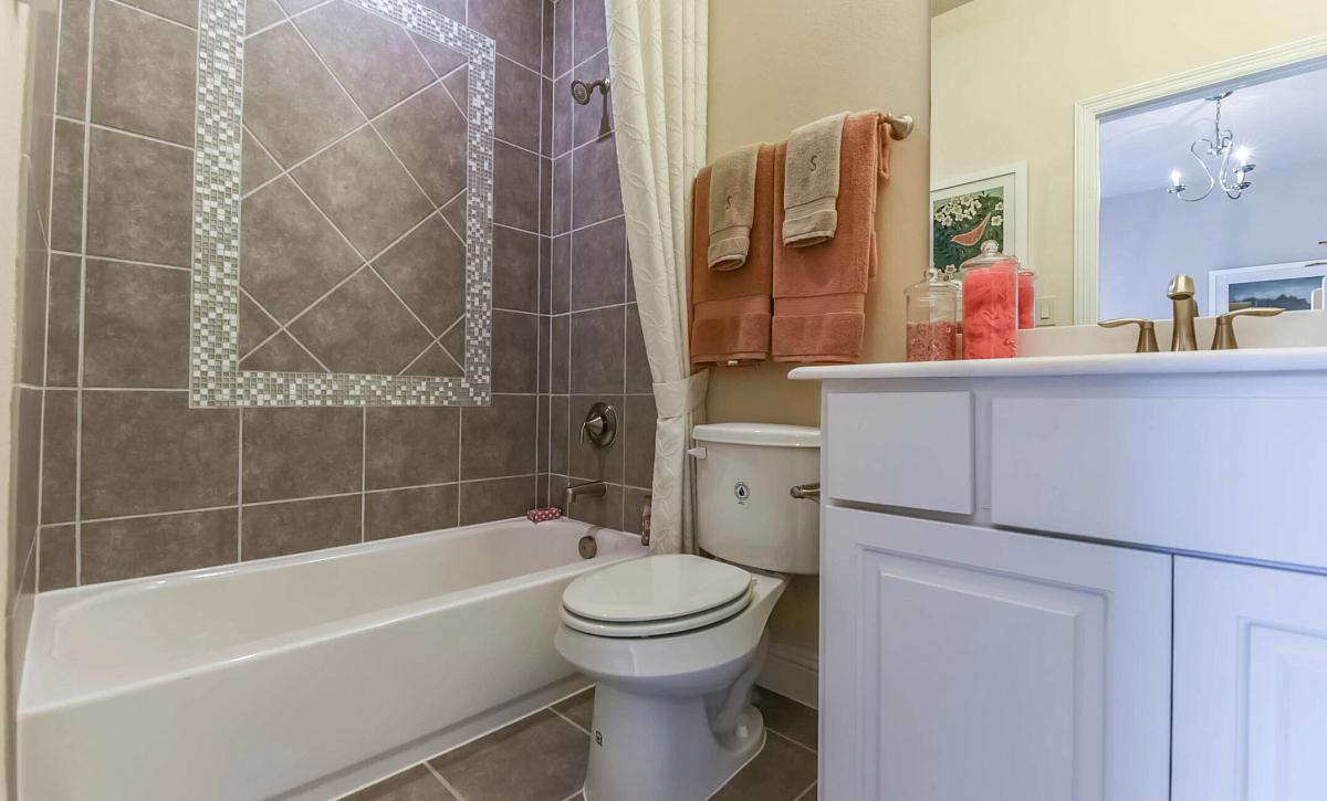 Plan 5050 Guest Bathroom