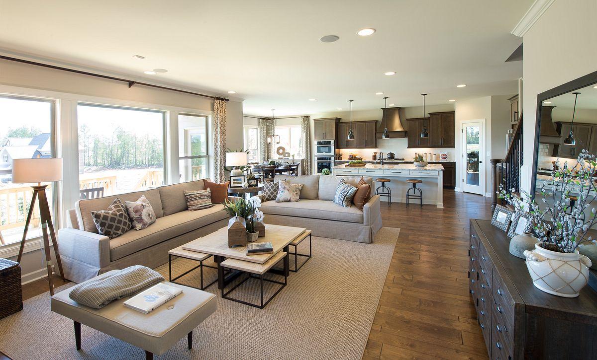 Hampton plan Family Room & Kitchen