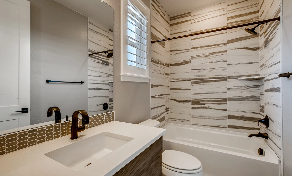 Canyons Luxe Weston Bath 3