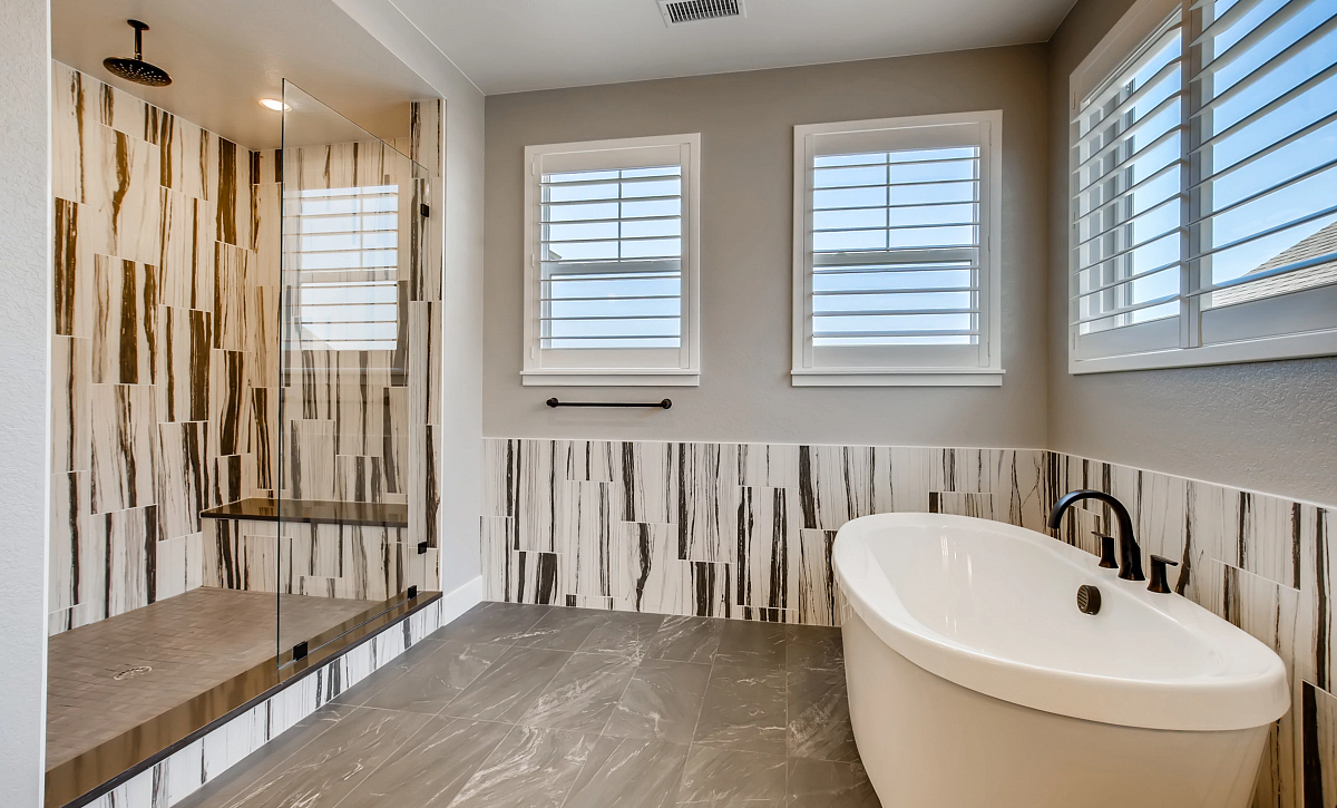 Canyons Luxe Weston Primary Bath