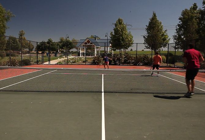 Summer Lake Park Sports Tennis Courts