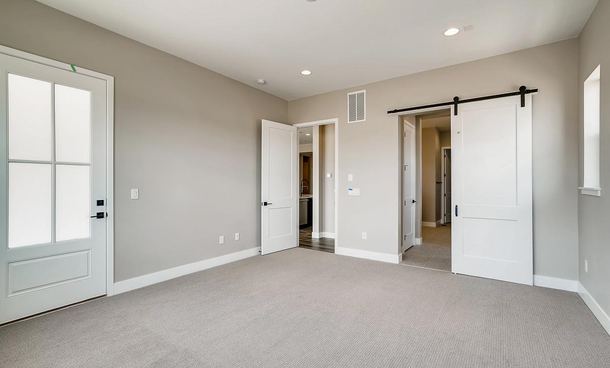 Canyons Retreat Homestead QMI Lot 438 Master Bedroom