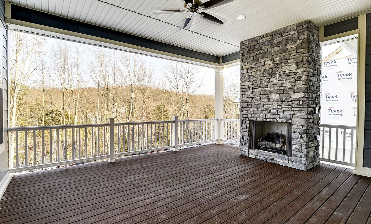 Trilogy at Lake Frederick Hensely Plan Quick Move In Covered Patio