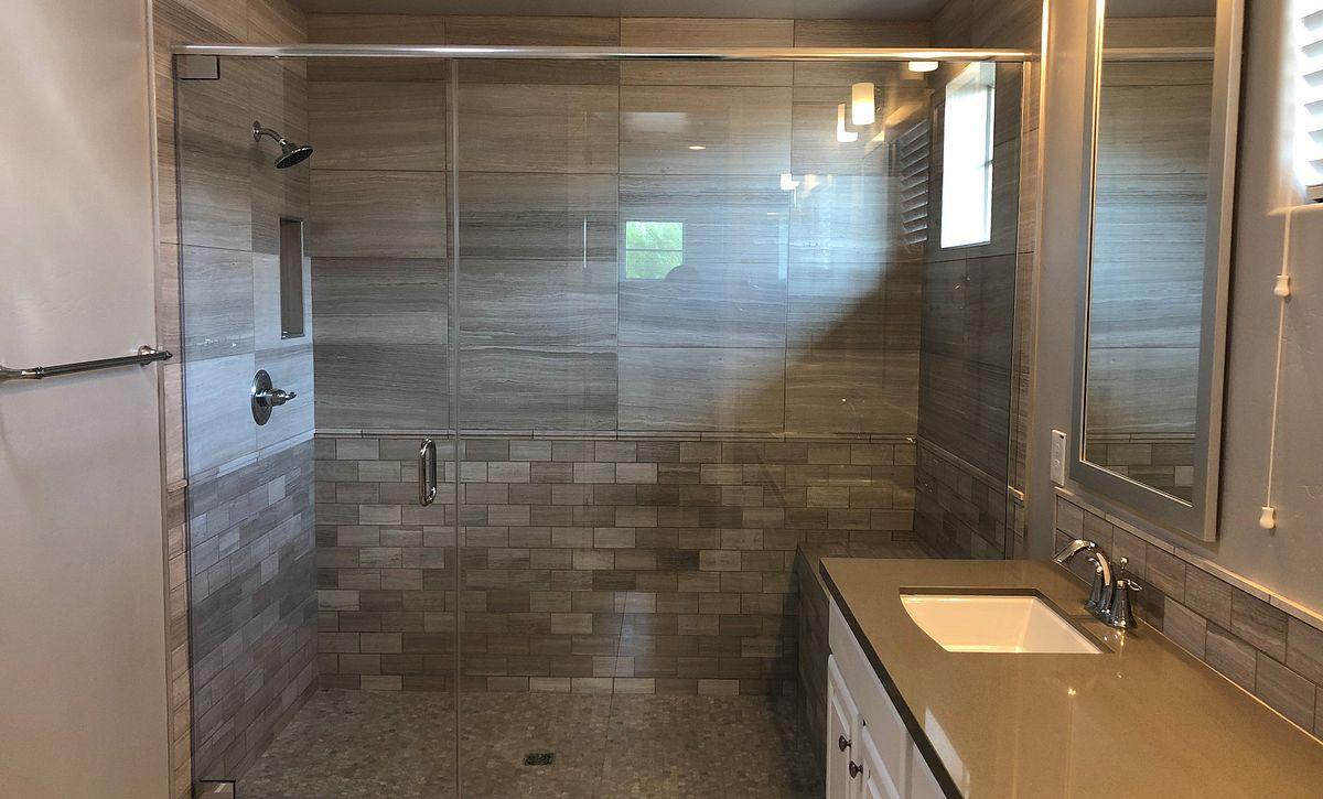 24 North Homesite 20 Master Shower