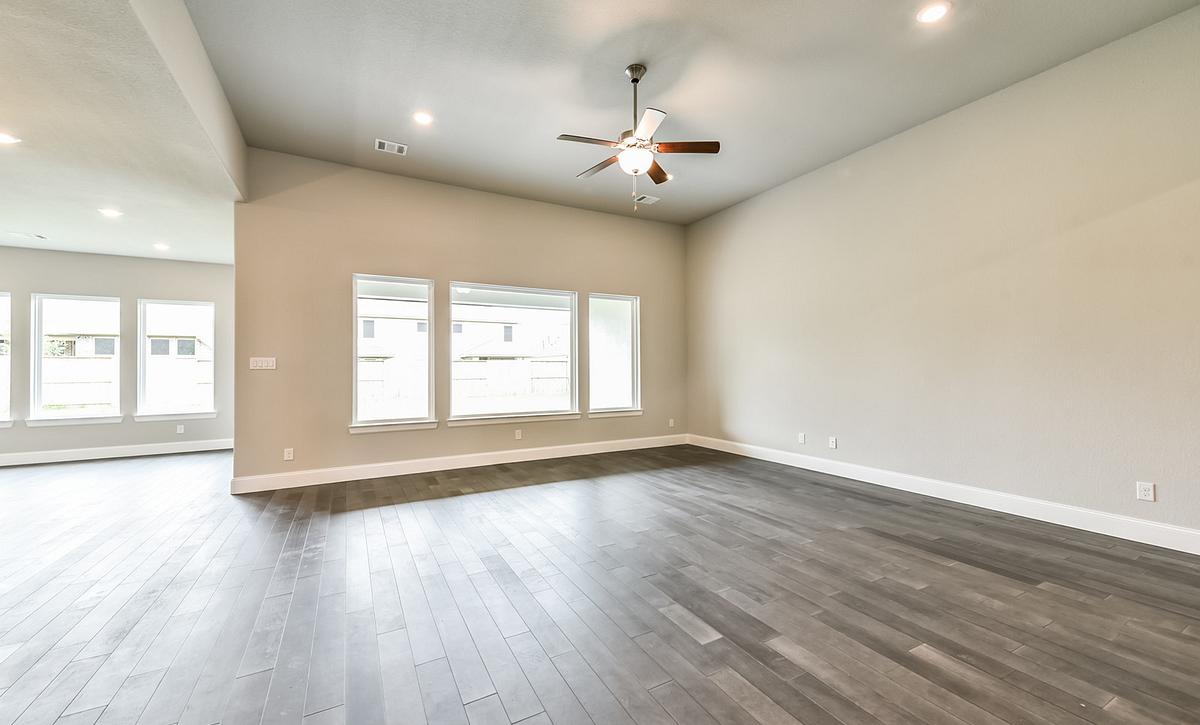 Plan 6010 Living Room
