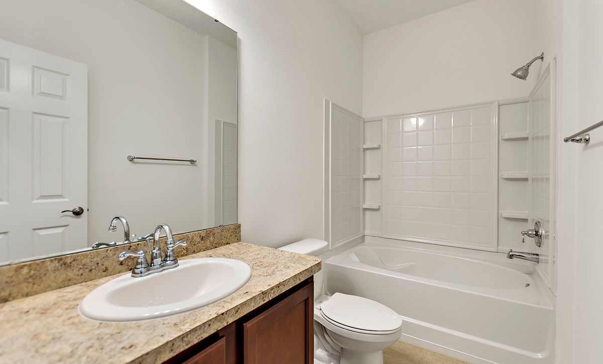 Trilogy Orlando Quick Move In Home Connect Plan Guest Bath