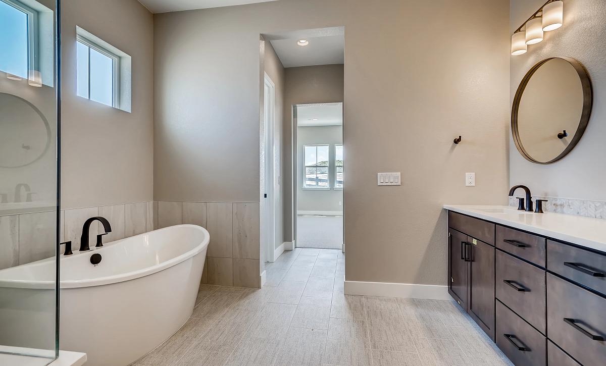 Canyons Retreat Homestead QMI Lot 438 Master Bath
