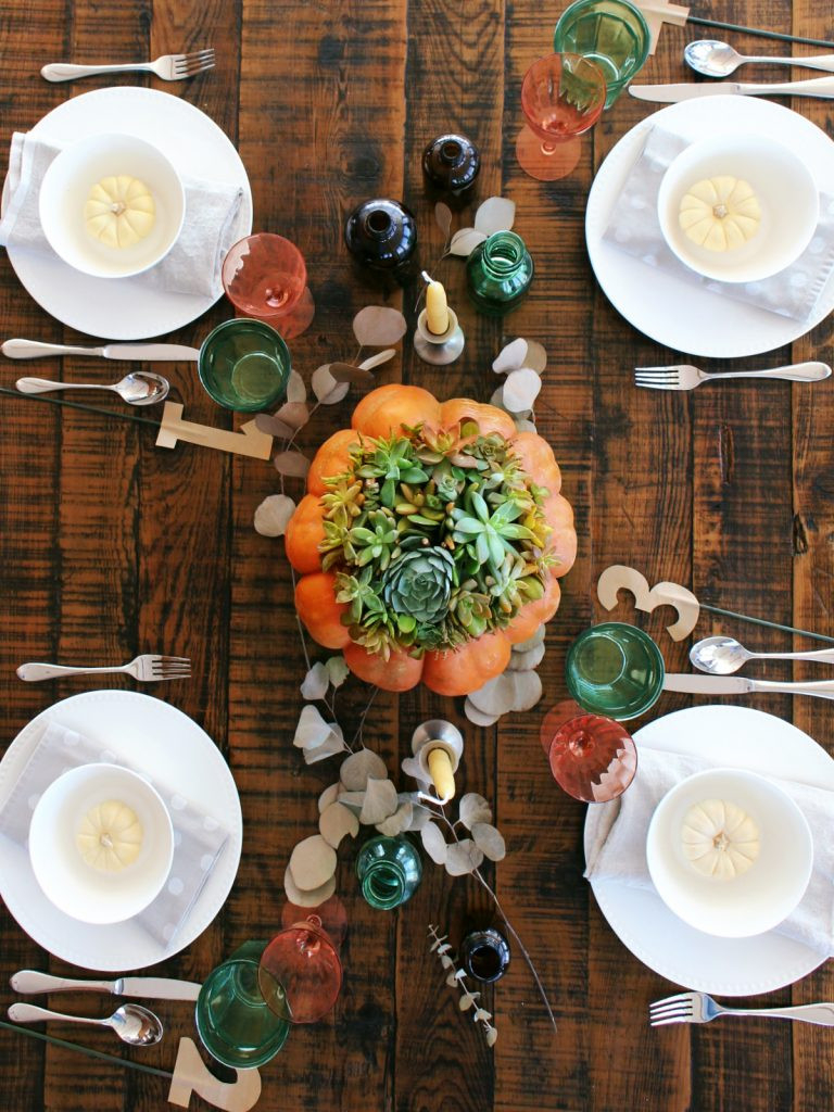 Blog_Thanksgiving_Table_Styles_E