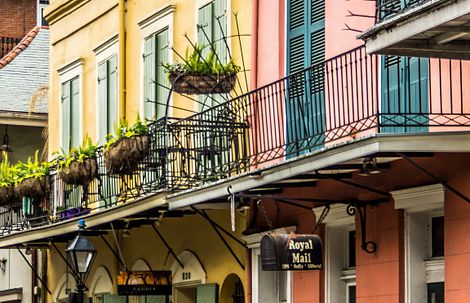 Colorful building exteriors in New Orleans