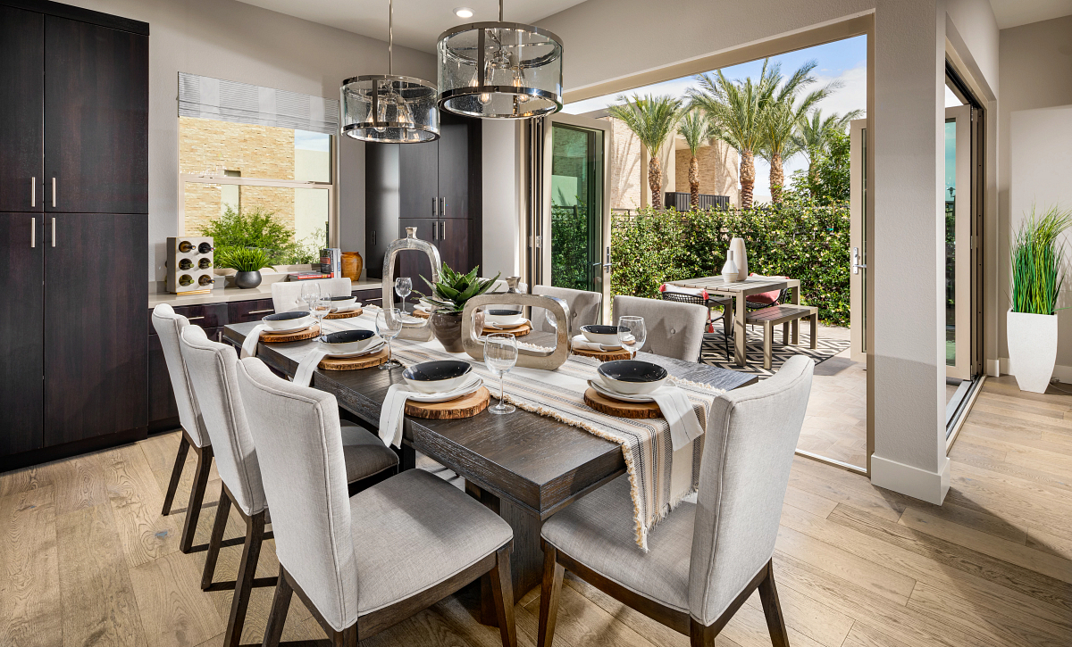 Trilogy Summerlin Radiant Dining Room