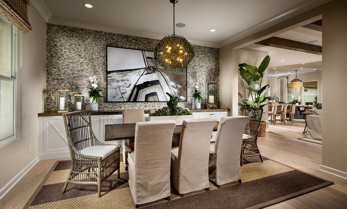 Plan 2: Dining Space