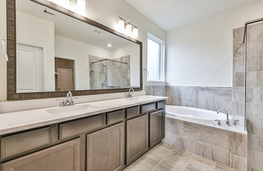 Balmoral Plan 4059 Bathroom