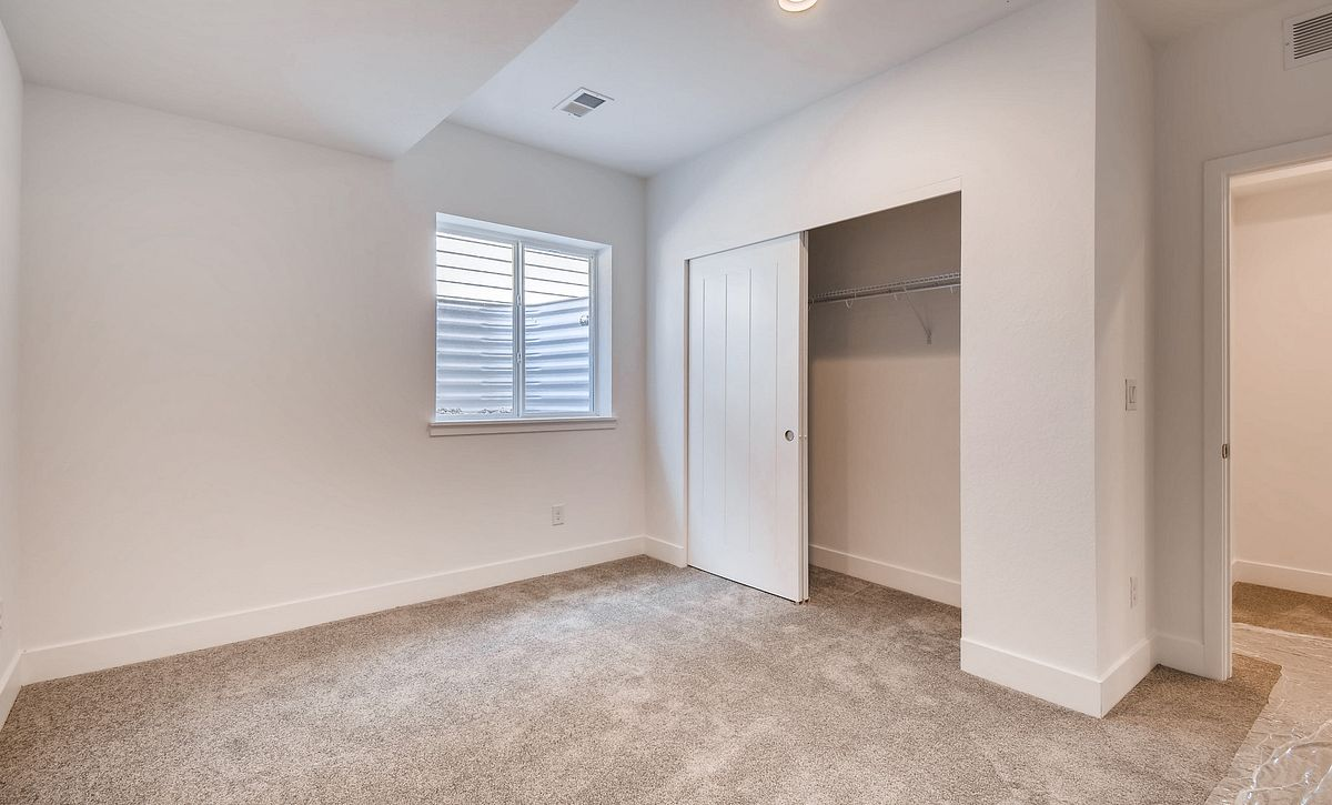 Colliers Hill Shea3D Plan 403 QMI Lot 3611 Finished Basement Bedroom