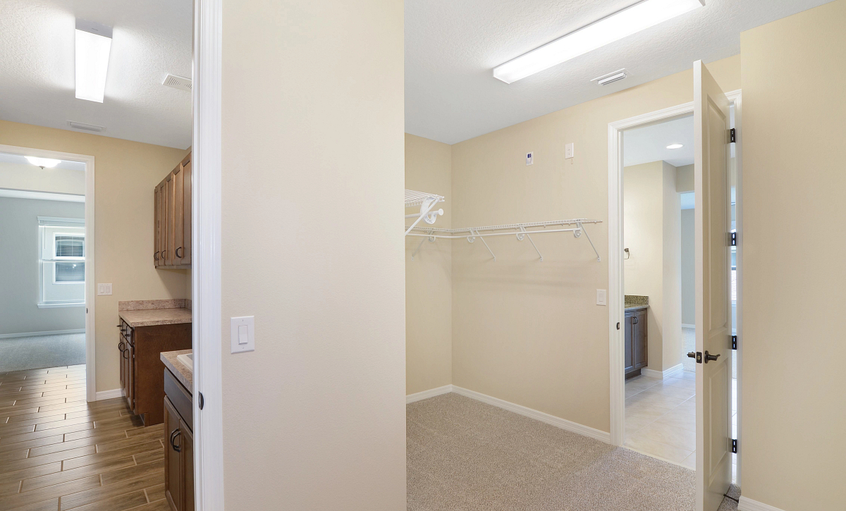 Trilogy at Ocala Preserve Quick Move In Home Refresh Plan Master Closet