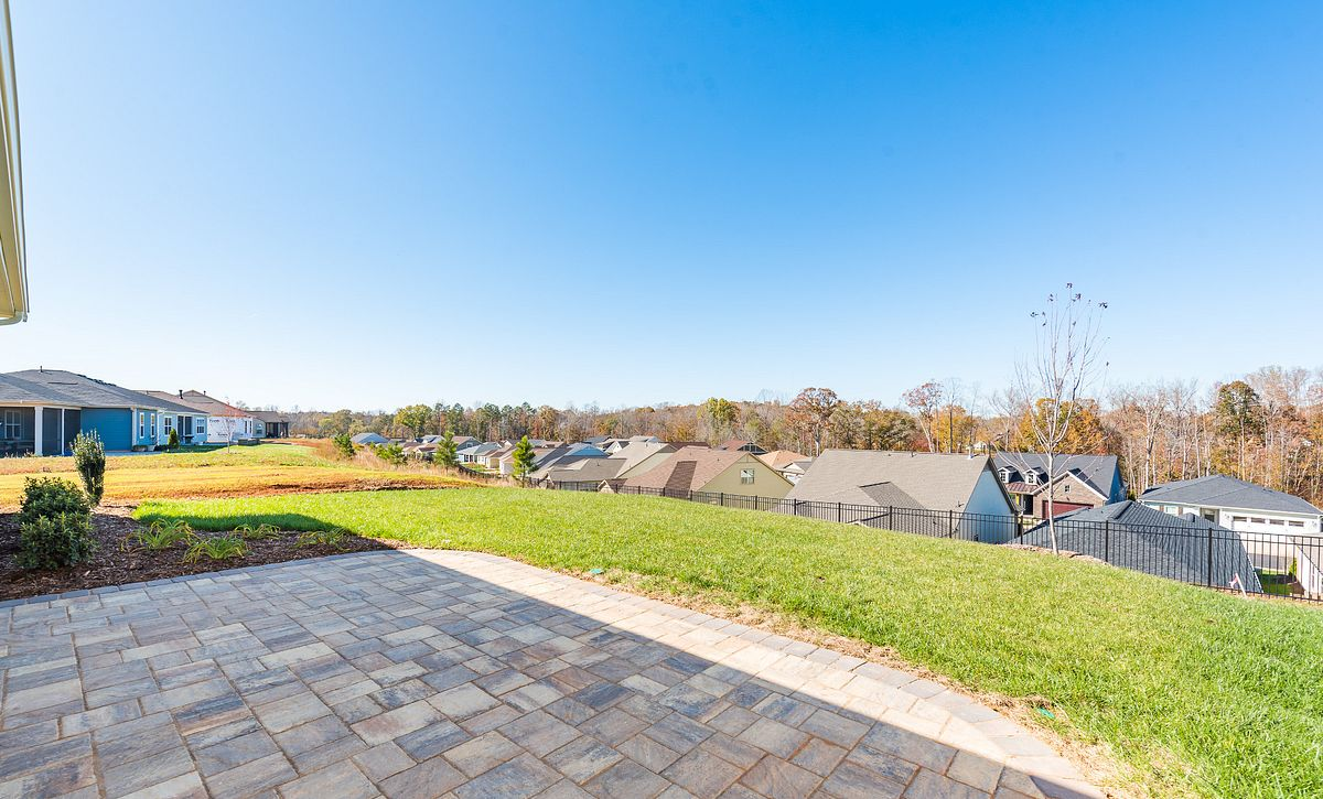 Trilogy Lake Norman Quick Move In Home Affirm Plan Backyard