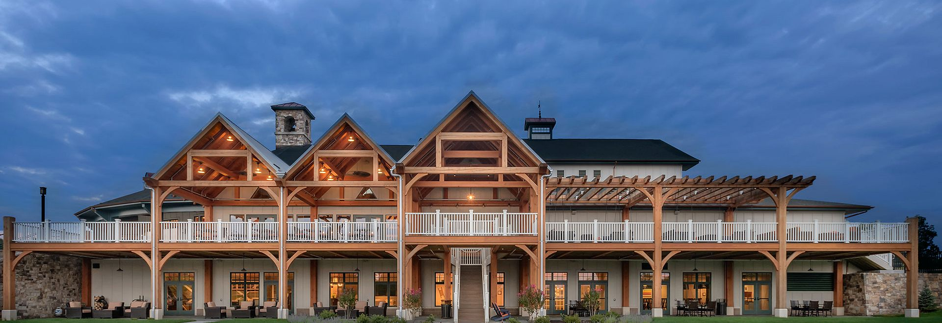 Shenandoah Lakeside Lodge at Trilogy Lake Frederick