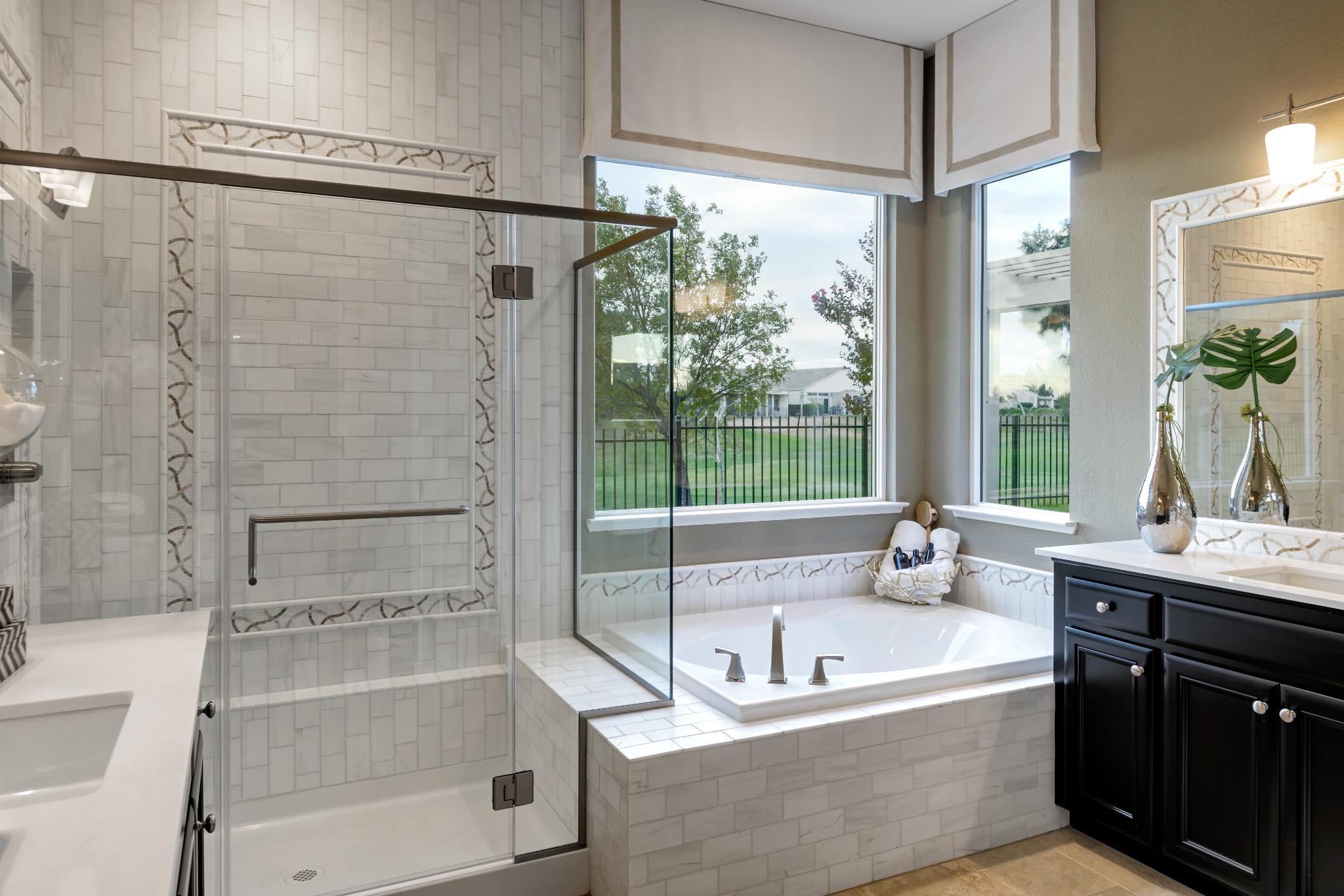 Trilogy Rio Vista Vensa Master Bathroom