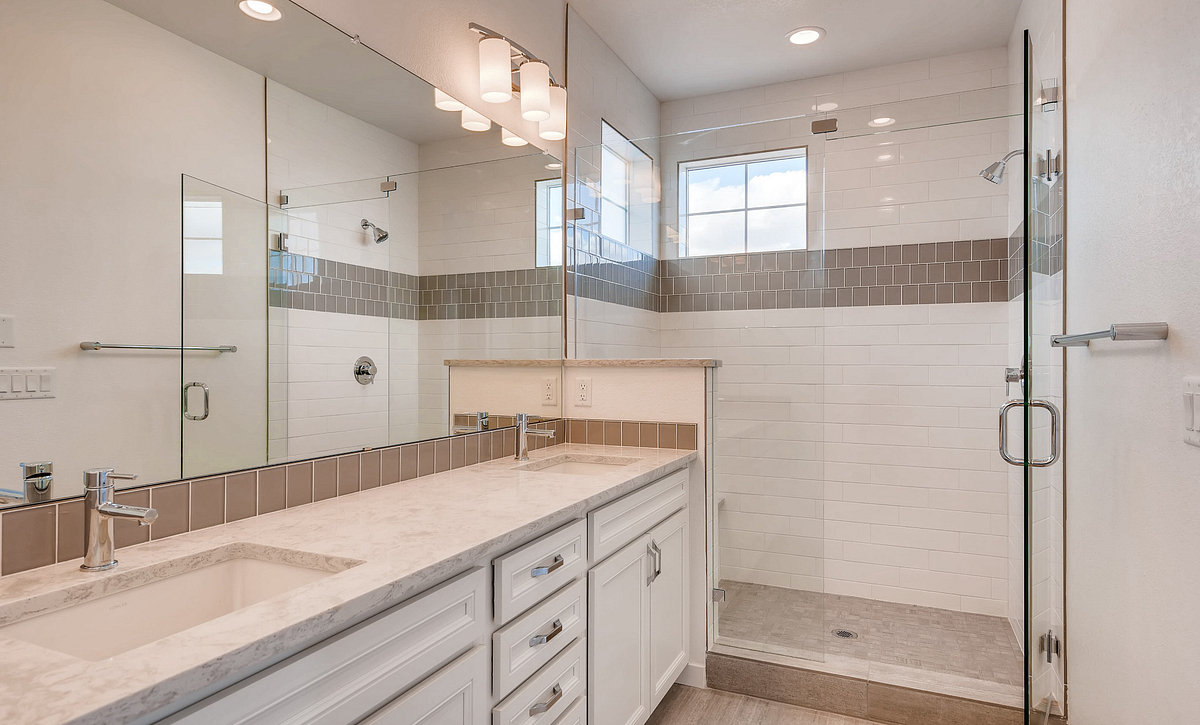 Crescendo at Central Park Plan 2202 Master Bath