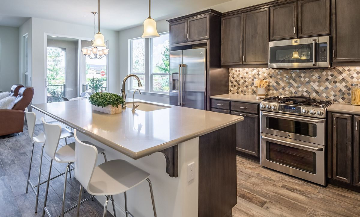 Monarch Ridge Townhomes Sage+ Kitchen