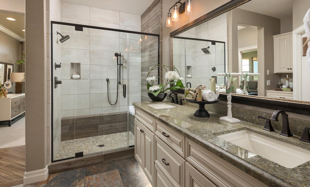 Palamos Model Master Bathroom