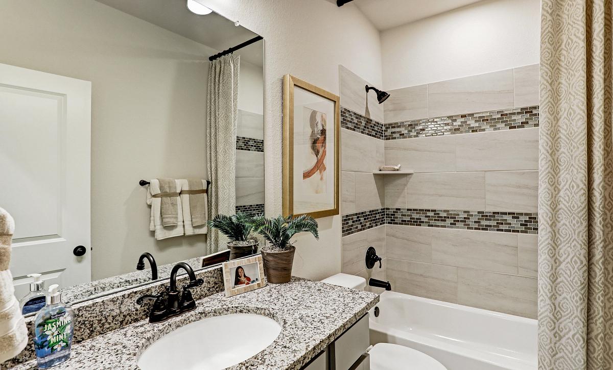Meridiana 50 Plan 4069 Bathroom 3