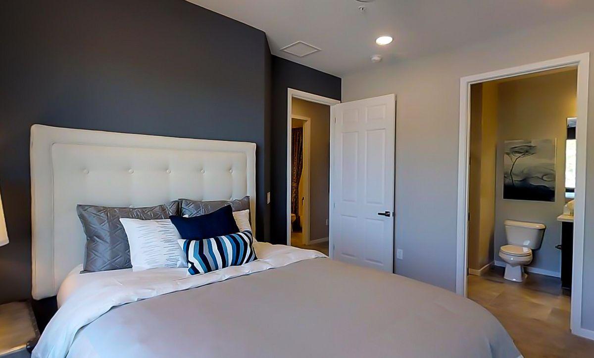 Loft Nineteen35 Guest Bedroom