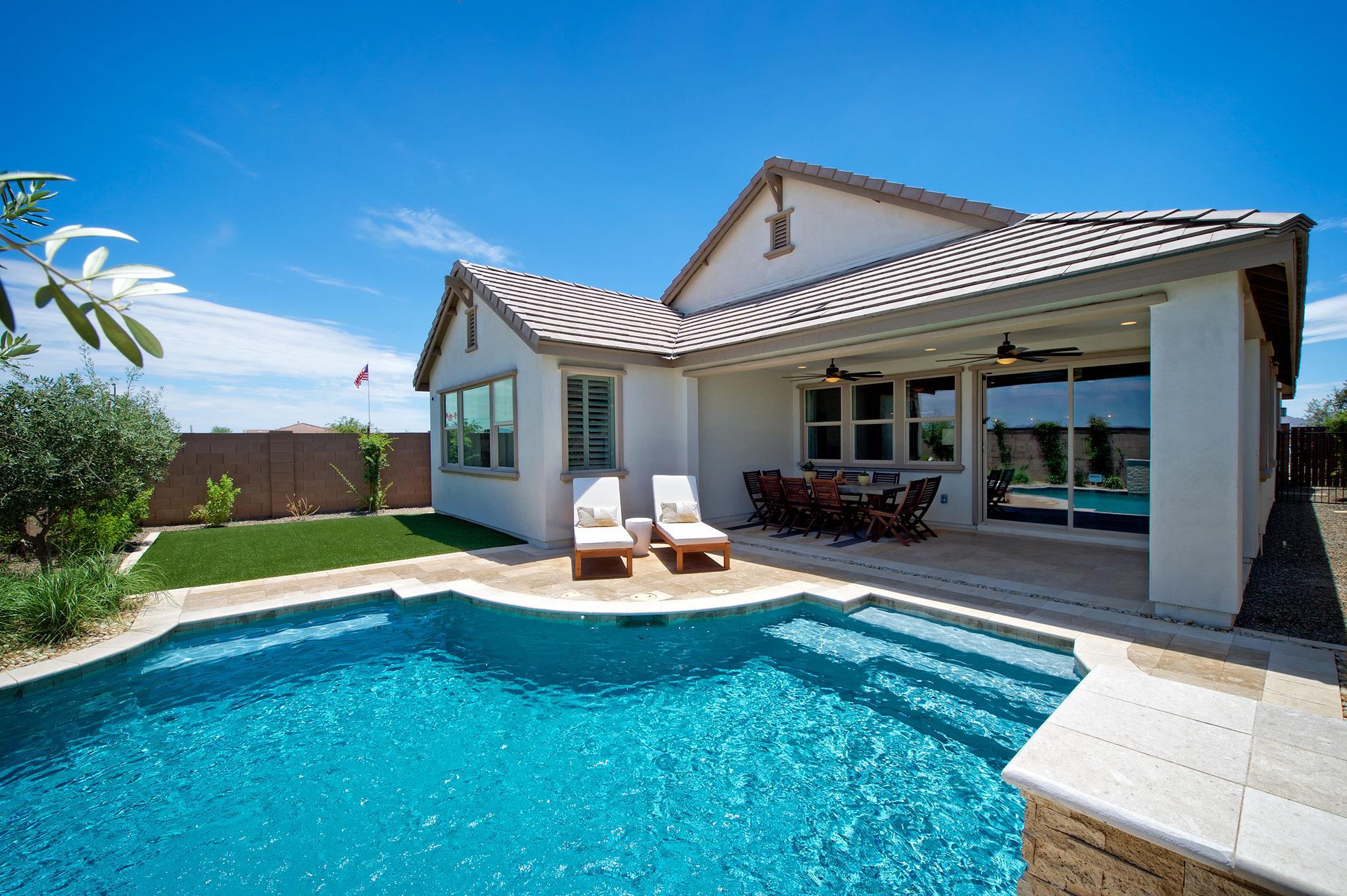 Plan 4013 Backyard Pool