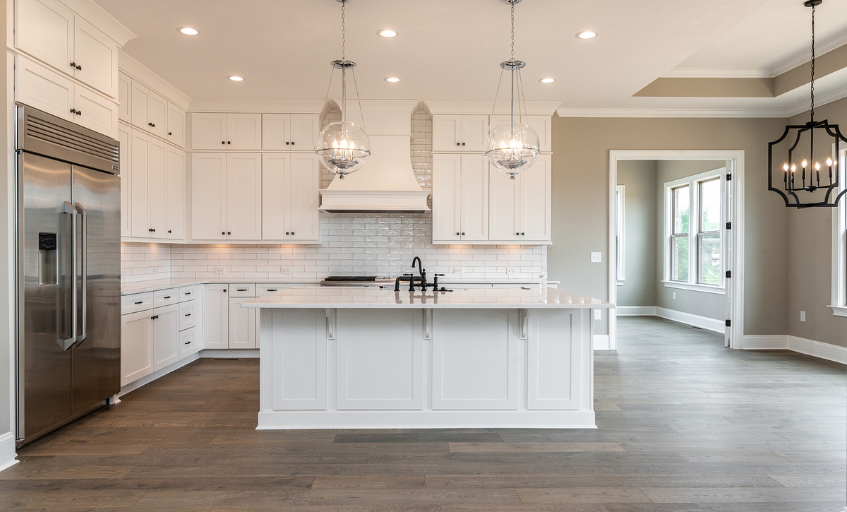 Kingsley plan Kitchen w/ Sunroom option