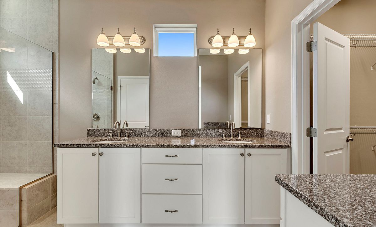 Trilogy Orlando Amalfi Plan Quick Move In Home Master Bath