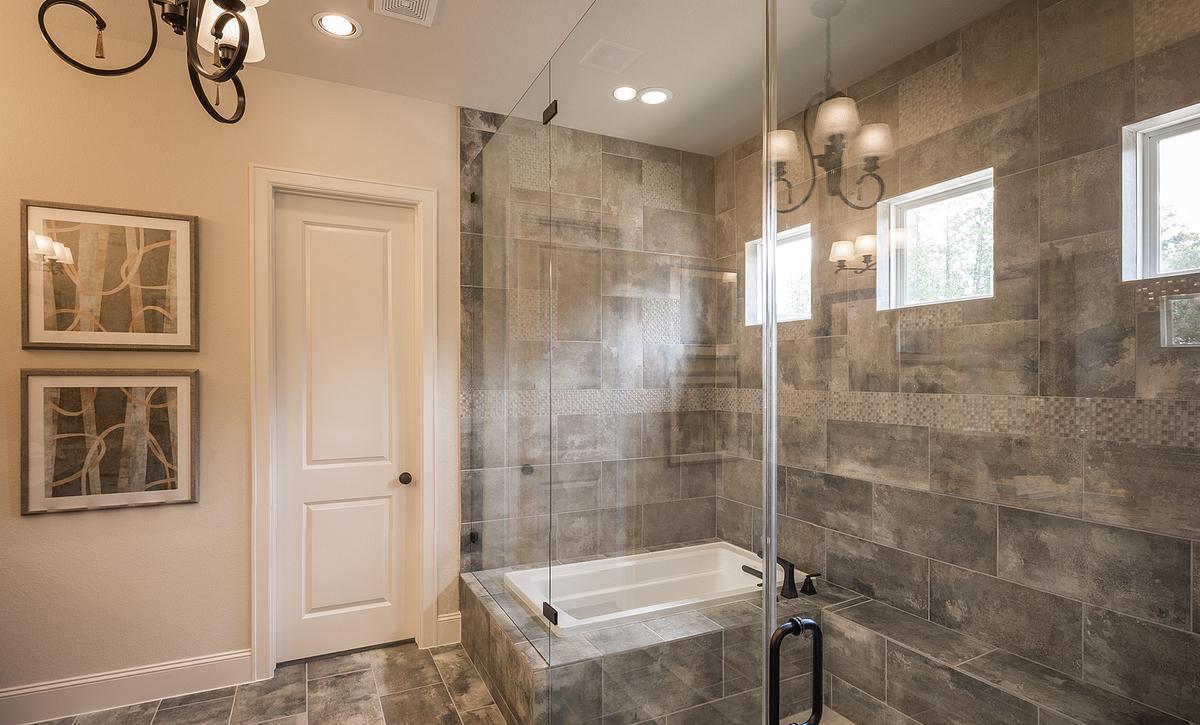 Plan 5137 Master Shower