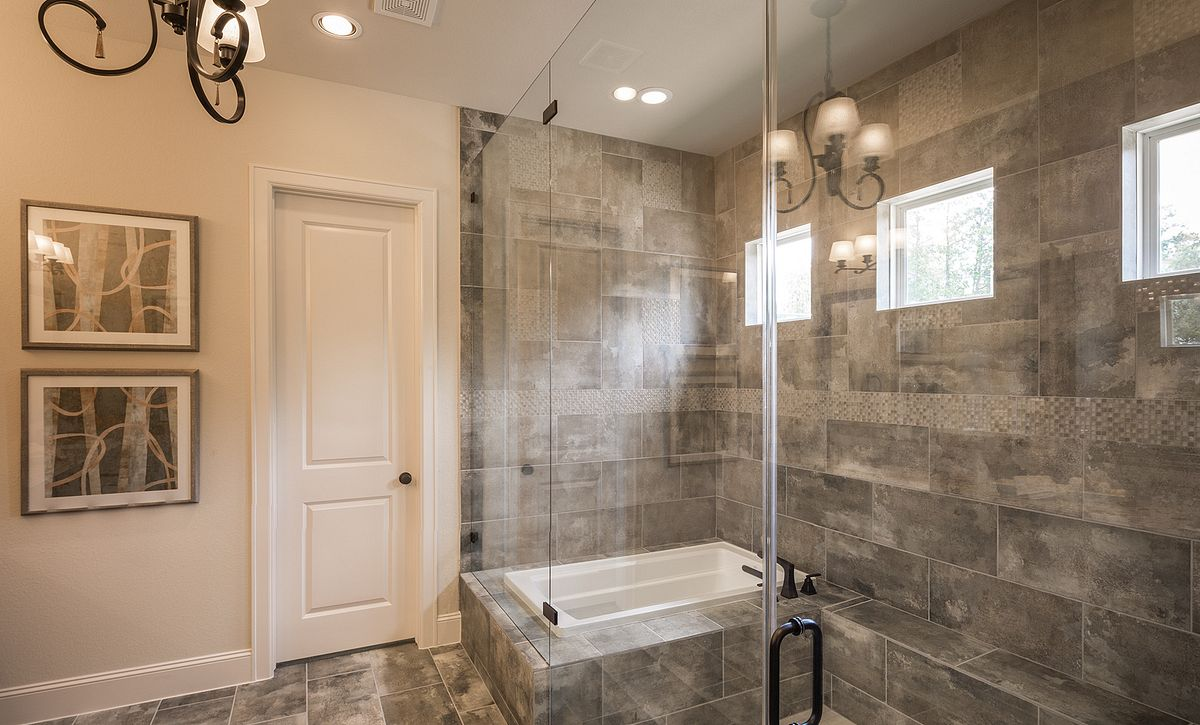 Plan 5137 Master Shower