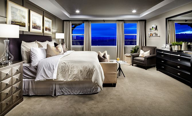 Colliers Hill Peakview Morning Star Master Bedroom