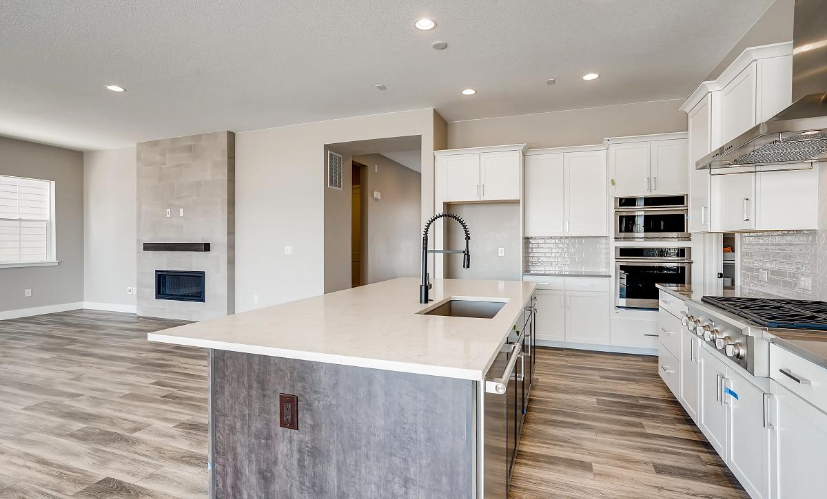 Canyons Retreat Homestead QMI Lot 438 Kitchen
