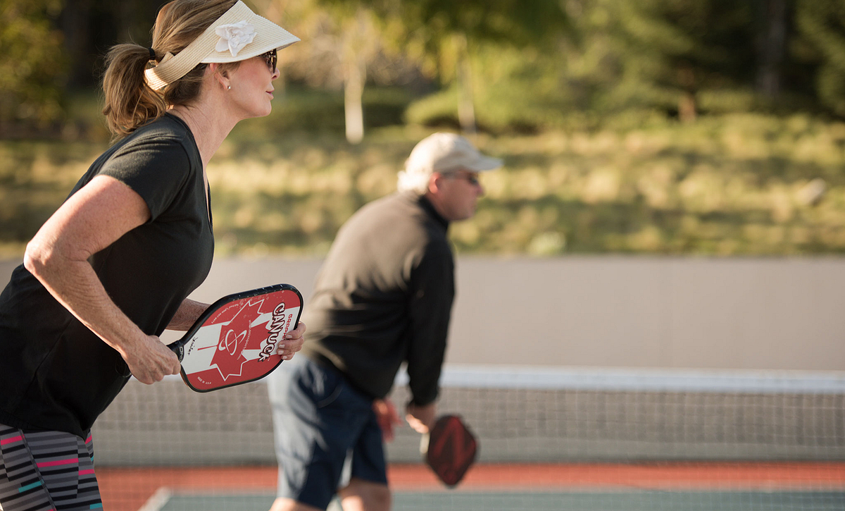 Trilogy Monarch Dunes Homeowners Playing Pickleball