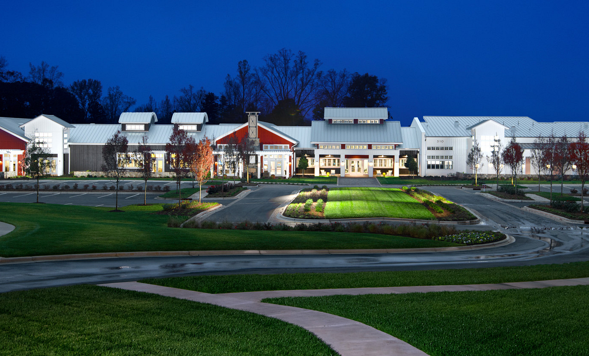 Trilogy Lake Norman Club: Exterior