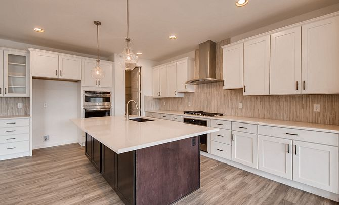 Colliers Hill Peakview Trailside QMI Lot 3305 Kitchen