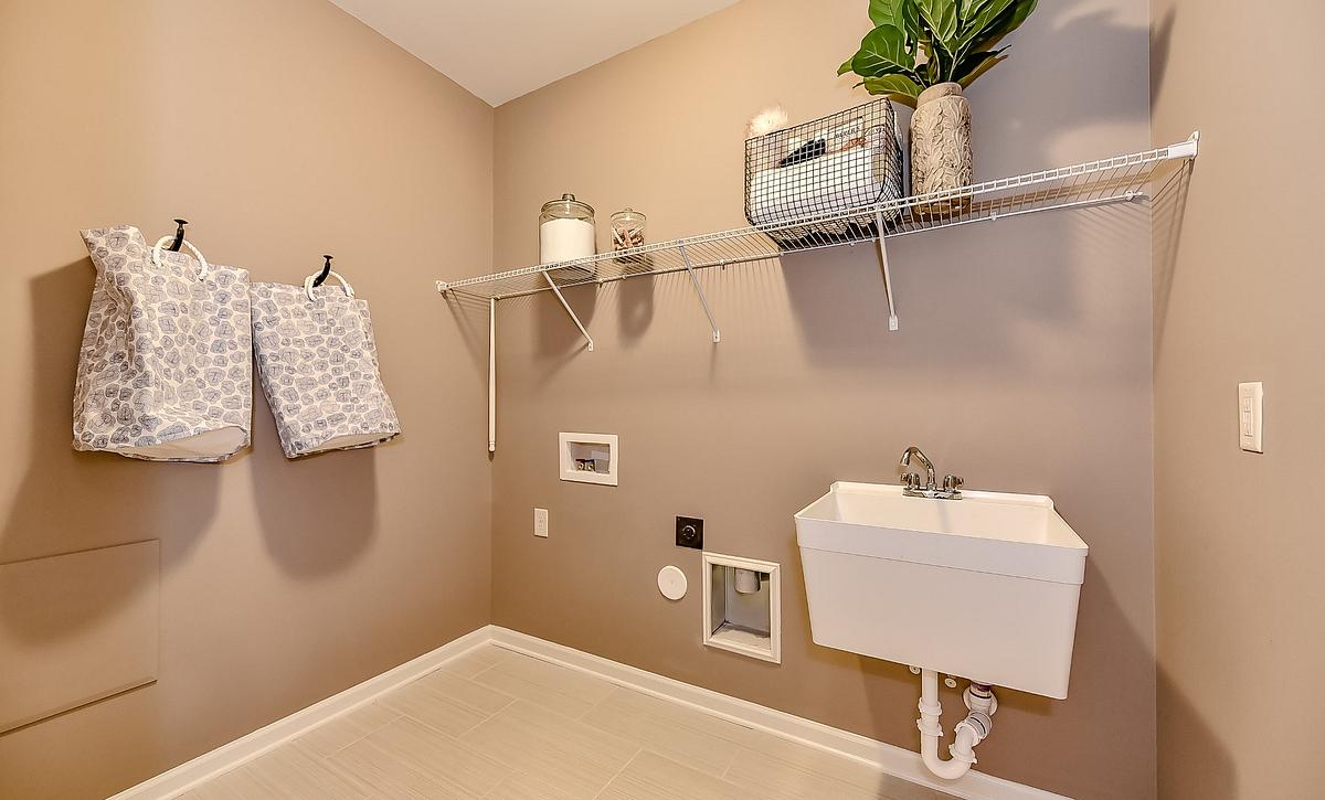 Everett plan Laundry Room